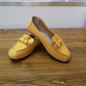 Shoes - FASHION SHOES LEATHER MOCS SIZE 40